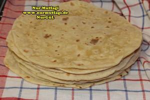 mayasiz ekmek tavada mayasiz peynirli gözleme tarifi (3)
