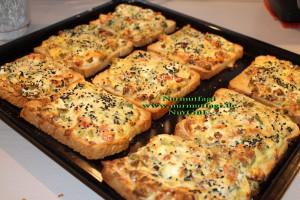 yumurtali ekmek dilimleri ekmek pizzasi (2)
