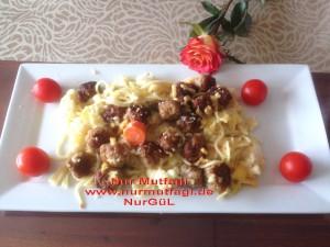 besamel soslu firinda hindi köfteli sebzeli spagetti  (15)