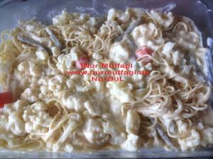 besamel soslu firinda hindi köfteli sebzeli spagetti  (5)