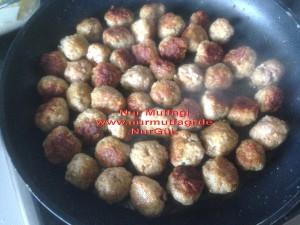 besamel soslu firinda hindi köfteli sebzeli spagetti  (9)