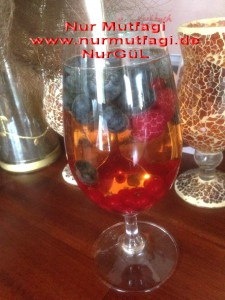 mevsim meyveli sodali elmasuyu apfelsaftschörle (2)