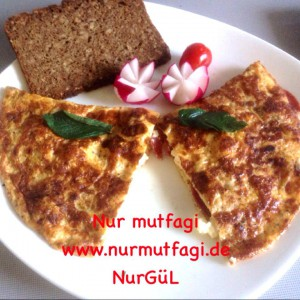 omlet sucuklu, soganli sütlü peynirli (1)