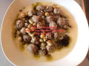 pirincli minik köfteli nohutlu yogurtlu yayla corbasi (5)