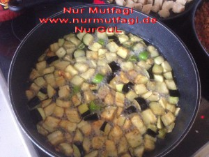 saksuka ekmekli patlican kebab (3)
