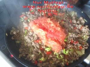 saksuka ekmekli patlican kebab (6)