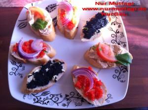 Kahvaltilik dilimler peynirli recelli balikli (5)