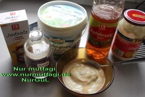 dürüm döner icin yogurt sosu (1)