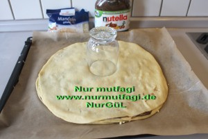 nutellali findikli yildiz cörek (10)