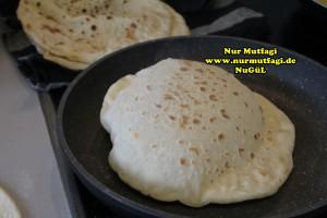 mayali ekmek tarifi - konya karaman küflü tulum peyniri sikmasi (3)
