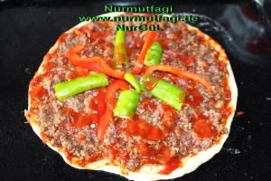 mini pizza salamli, tonbalikli, kiymali (4)