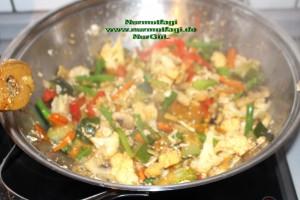 china nudeln sebzeli wok makarna (1)