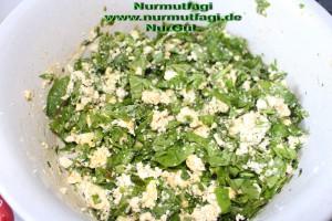 peynirli ispanakli gercek ev yapimi su böregi (10)