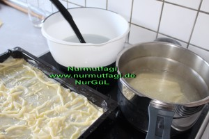 peynirli ispanakli gercek ev yapimi su böregi (7)