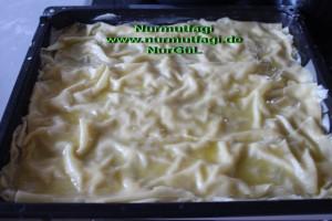 peynirli ispanakli gercek ev yapimi su böregi (9)