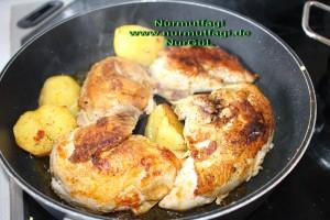 tavuk suyu ve tavada haslama tavuk kizartma bulgur pilavi  (11)