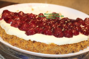 kiraz soslu pudingli citir kadayif tatlisi pastasi (40)