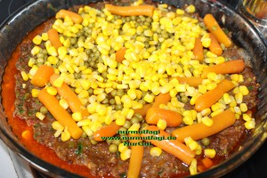 patates püreli sebzeli tepsi kebabi (6)