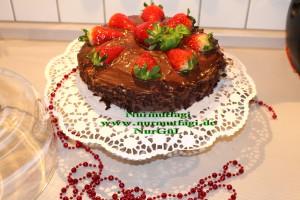 Kakaolu cikolatali kremali Yas pasta tarifi