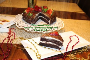 Kakaolu cikolata kremali Yas pasta