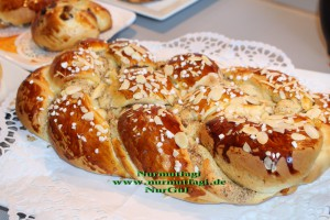 hefezopf 3 cesit cörek tarifi paskalya cöregi findikli nutellali hashasli (90)