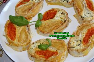 3 cesitli yufka böregi peynir, patates, havuc (50)