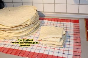 Sebit Yufka ekmegi nasil yapilir tarifi  Kuru Lavas, pizza pan tavada sebit yufka ekmegi yapimi