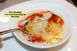 terbiyeli tavuk corbasi (2)