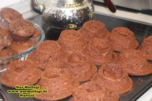 damla cikolatali muffin topkek - ici dolgulu kakaolu muffin (17)