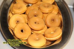 bir hamurdan iki tarif Top Kek ve Mini Donuts ( Donat, topkek, donaut )