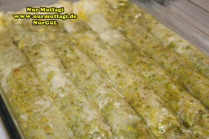 fistikli baklava, cevizli baklava, hazir yufka ile baklava nasil yapilir, citir baklava tarifi (19)