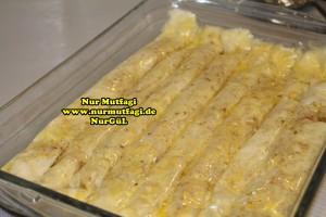 fistikli baklava, cevizli baklava, hazir yufka ile baklava nasil yapilir, citir baklava tarifi (21)