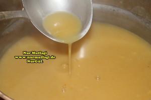 mercimek corbasi ezogelin  (1)