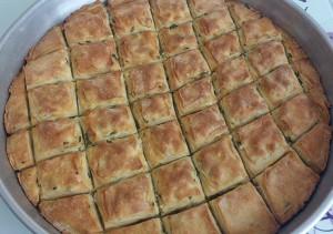 baklava böregi nasil yapilir tarifi peynirli baklava (4)