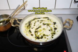 mercimekli yogurtlu corba kesme corbasi (1)