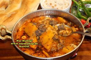 Kabaklama gaziantep yöresel yemek tarifi - etli nohut - nahni  (14)