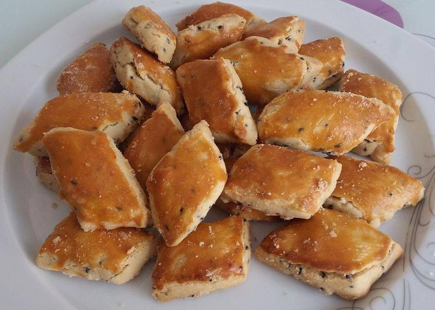 agizda dagilan cörek otlu kurabiye tarifi (2)