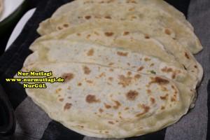 mayasiz ekmek tavada mayasiz peynirli gözleme tarifi (5)