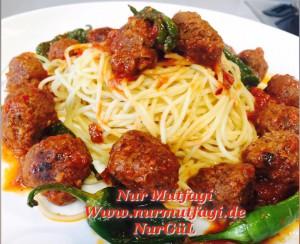 domates soslu mini köfteli spaghetti  (4)