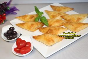 ücgen citir börek - peynirli ücgen börek - nutellali citir börek tarifi  (21)
