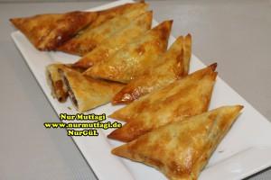 ücgen citir börek - peynirli ücgen börek - nutellali citir börek tarifi  (30)