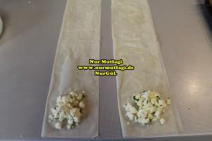 ücgen citir börek - peynirli ücgen börek - nutellali citir börek tarifi  (5)