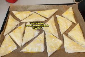 ücgen citir börek - peynirli ücgen börek - nutellali citir börek tarifi  (7)