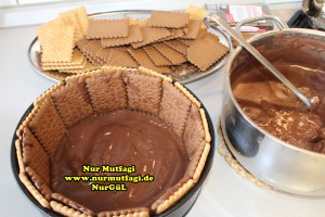 bisküvili yaspasta tarifi (12)