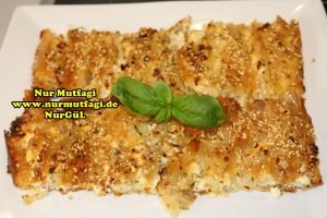 pileli börek - büzgülü börek - hazir yufkadan citir börek tarifi (13)