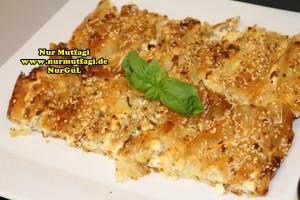 pileli börek - büzgülü börek - hazir yufkadan citir börek tarifi (15)
