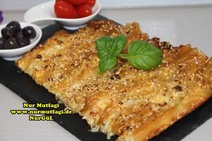 pileli börek - büzgülü börek - hazir yufkadan citir börek tarifi (21)