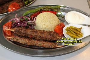 tavada sis kebab nasil yapilir tarifi (11)