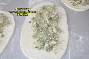 konya mevlana pidesi - küflü peynirli pide tarifi (2)