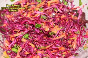 kirmizi-lahana-salatasi-mor-lahana-salata-tarifi